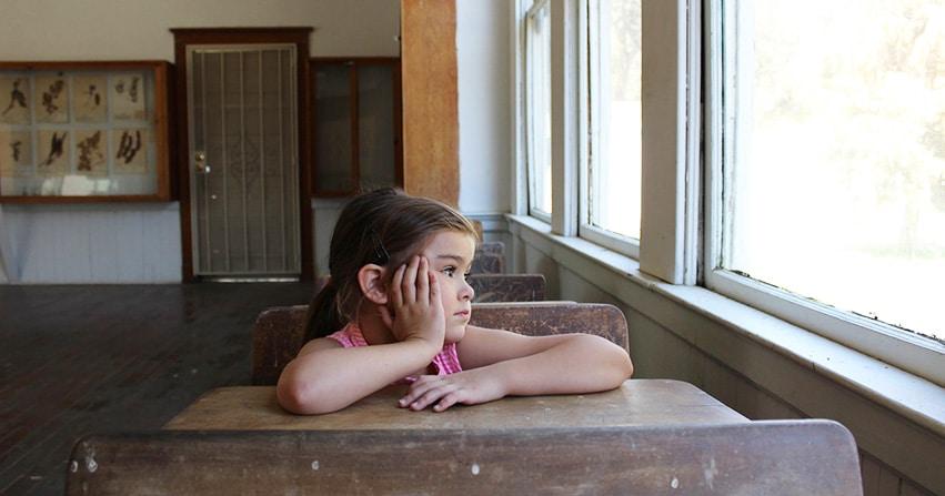 Ce que vous devez savoir avant de sortir avec un introverti sortant